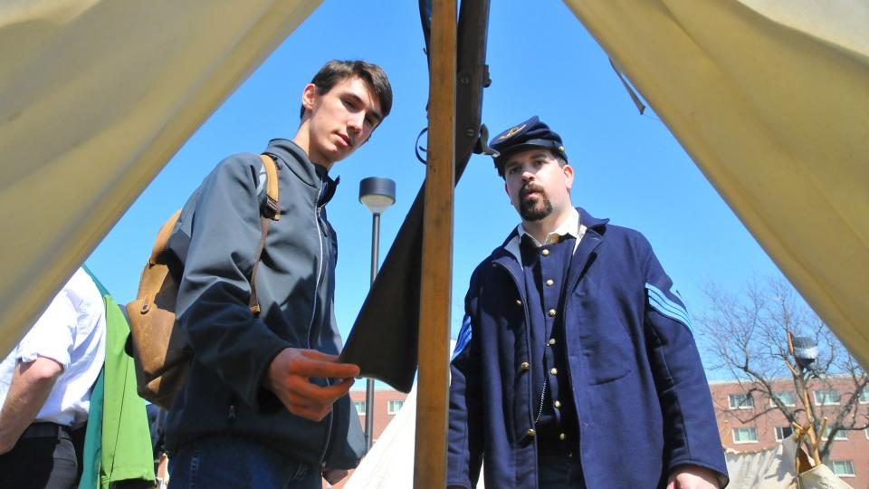 Civil War re-enactors to set up camp